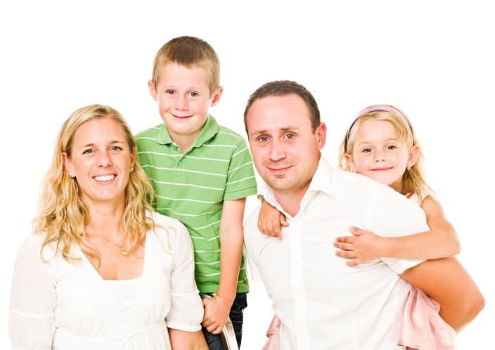 משפחה בעלת שני ילדים