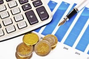 אילו הקלות במס הכנסה מגיעות לגמלאים ובעלי הכנסה נמוכה?