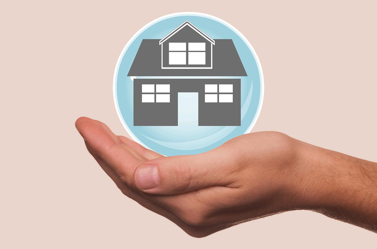 בית עם ביטוח
